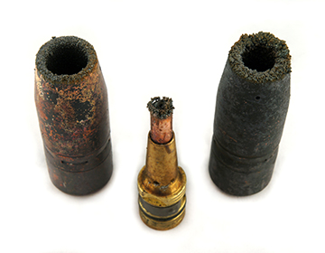 Damaged contact tips due to spatter